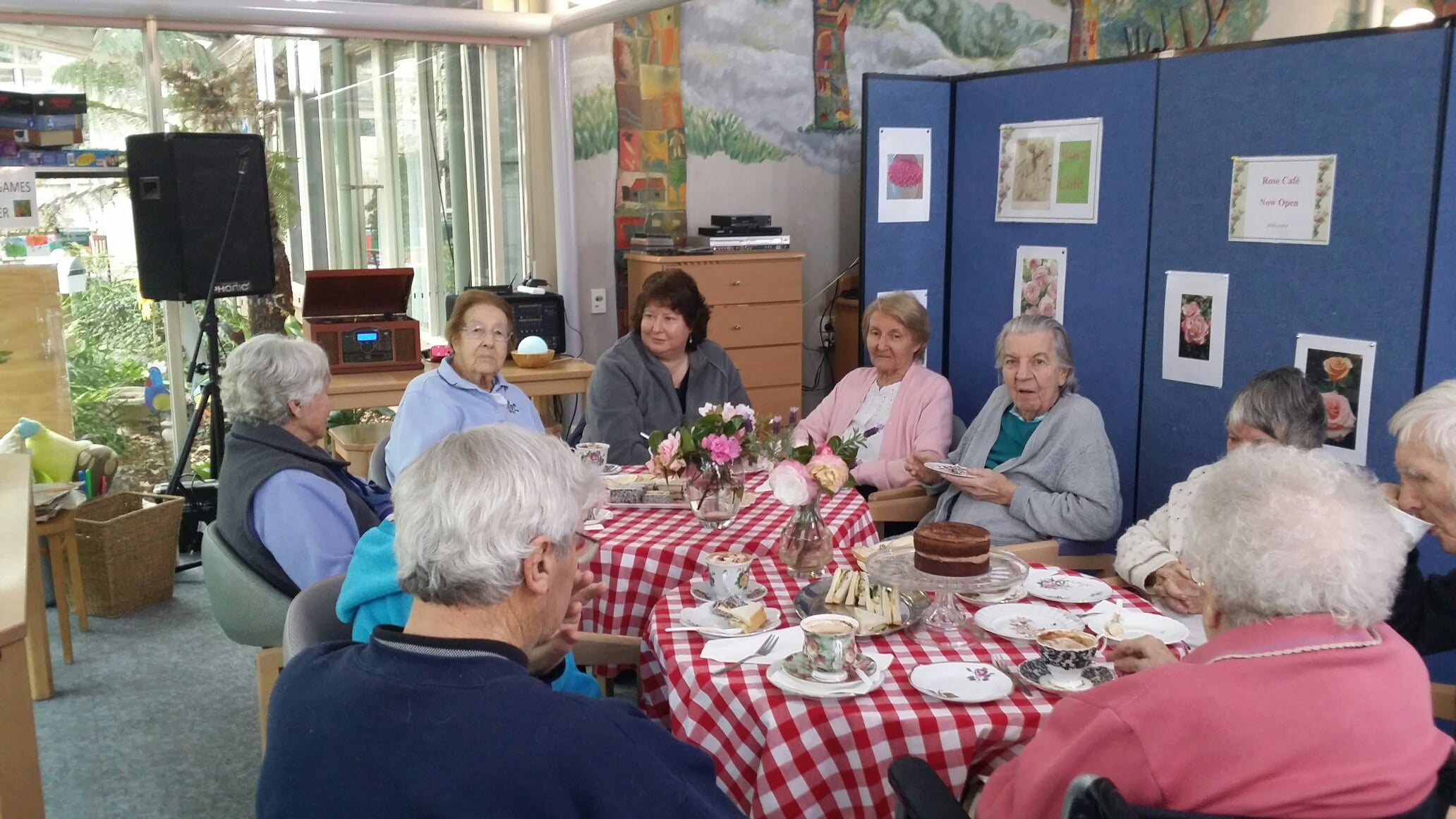 Weekly Pop Up Cafe At Amaroo Gardens Helps Residents